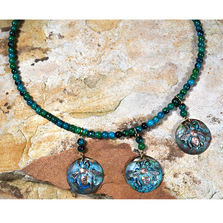 Triple Bees Verdigris Brass Necklace | Elaine Coyne Jewelry | ECGWBP899NCO