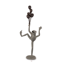 "Frog Garden Sculpture ""Balloon Seller"" 