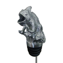 Stainless Steel Carved Chameleon Wine Pourer - Aerator | Menagerie |