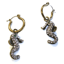 Seahorse Sea Racers Earrings | Annaleece Jewelry | AL7532