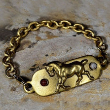 Horse Bracelet with Rockband Plaque | Elaine Coyne Jewelry | ECGEQSG516rb-5