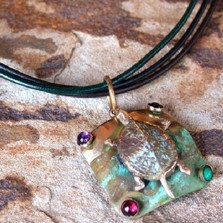 Turtle Pendant Necklace | Elaine Coyne Jewelry | ECGET697N