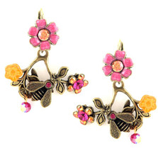 Flower & Bee on Branch Earrings Oh Bee Have! | La Contessa Jewelry | LCER9108
