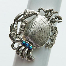 By the Sea Crab Ring | La Contessa Jewelry | LCRG8562
