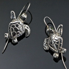 Baby Loggerhead Turtle Silver Wire Earrings | Anisa Stewart Jewelry | ASJe1013