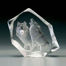 Wolf Pair Crystal Sculpture | 33723 | Mats Jonasson Maleras