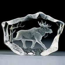 Moose Stride Crystal Sculpture | 33747 | Mats Jonasson Maleras