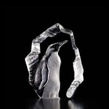 Penguin Crystal Art Glass Sculpture | 33845 | Mats Jonasson Maleras