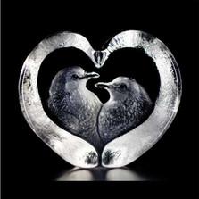 Turtle Doves Crystal Sculpture   33849   Mats Jonasson Maleras