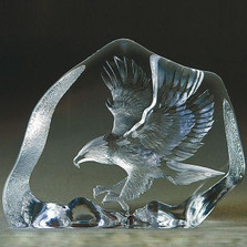 Eagle in Flight Crystal Sculpture | 33894 | Mats Jonasson Maleras