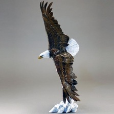 "Eagle Small Sculpture ""Vigilance"" 