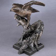 Hawk Bronze Sculpture | Mark Hopkins | mhs81022