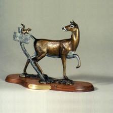 Whitetail Doe Bronze Sculpture | Scott Lennard | SLB06