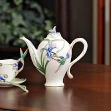 Hummingbird Teapot | fz00132 | Franz Porcelain Collection