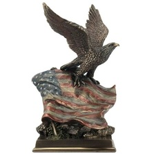Bald Eagle and Stars N Stripes Sculpture | Unicorn Studios | USIWU76583A4
