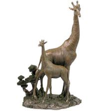 Giraffe and Baby Sculpture | Unicorn Studios | wu74734a4