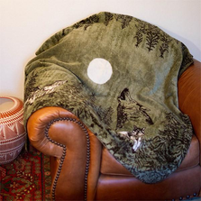 Howling Wolves Throw Blanket | Denali | DHC16135872 -2