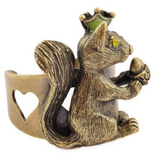 Squirrel With Nut Ring | La Contessa Jewelry | LCRG9251