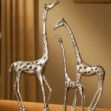 Giraffe Family Sculpture Set | 33017 | SPI Home