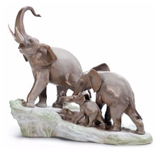 Elephants Walking Porcelain Figurine | Lladro | 1001150