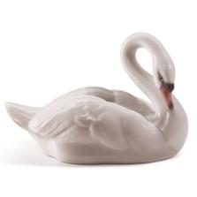 Elegant Swan Porcelain Figurine   Lladro   1008271