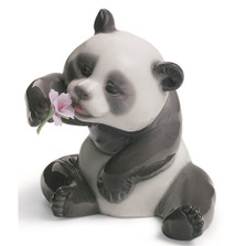 Cheerful Panda Porcelain Figurine | Lladro | 1008358