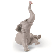 Baby Elephant with Blue Flowers Porcelain Figurine | Lladro | 1008490