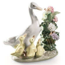 "Duck Porcelain Figurine ""How Do You Do?"" 