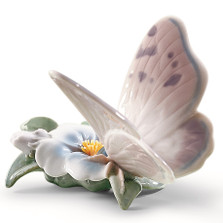 "Butterfly Porcelain Figurine "" Refreshing Pause "" 