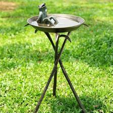 Cool Frog Birdbath | 33563 | SPI Home