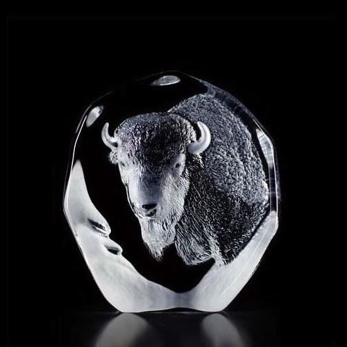 Maleras Bell and Mistletoe Crystal sculpture by Mats Jonasson Sweden