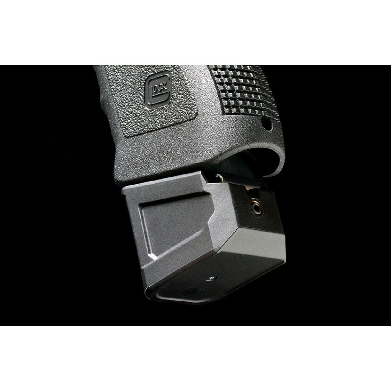 Strike Industries Extended Magazine Plate for GLOCK™ G19(9mm) / Glock 23(40cal)