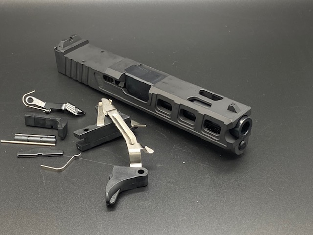 MDX Arms G26 LF26 with RMR Cut Build Kit - No Frame
