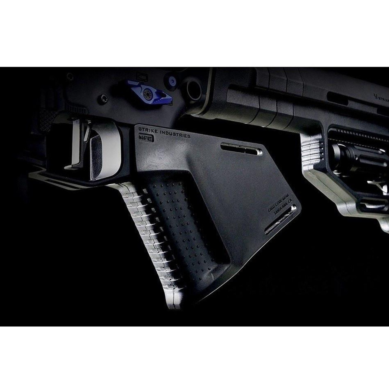 Strike Industries AR15 Megafin Featureless Grip