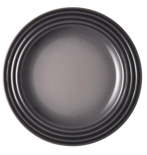 "Le Creuset - 6.7"" (17cm) Oyster Appetizer Plates - Set of 4"
