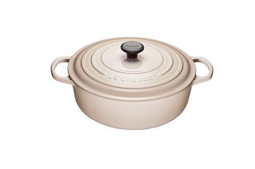 Le Creuset - 6.2 L (6.75 QT) Meringue Shallow Round French Oven