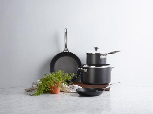 Le Creuset - 6 Piece Toughened Nonstick Cookware Set