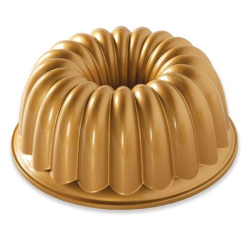 Nordic Ware - 10 Cup Elegant Bundt Pan