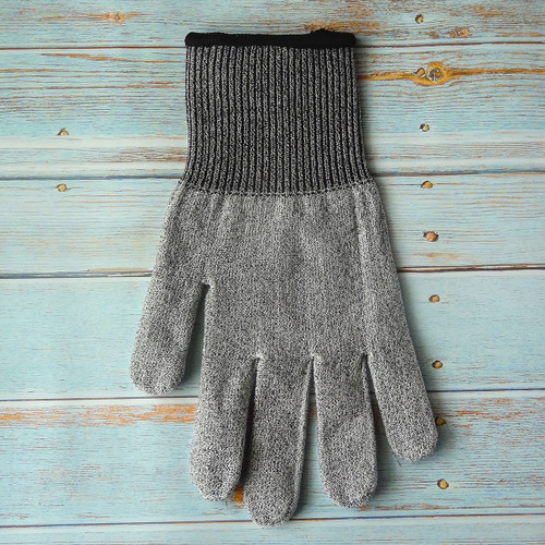 Microplane - One Size Fits Most Cut Resistant Glove