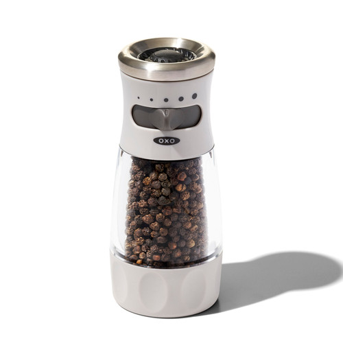 Oxo - Adjustable Mess-Free Pepper Grinders