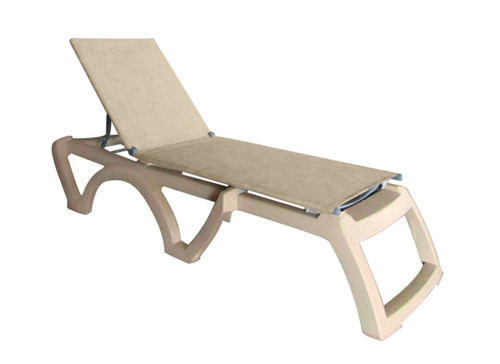 Grosfillex - Jamaica Beach Straw With Sandstone Frame Stacking Chaise Lounge