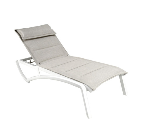 Grosfillex - Sunset Comfort Beige/ Glacier White Outdoor Stackable Chaise Lounge