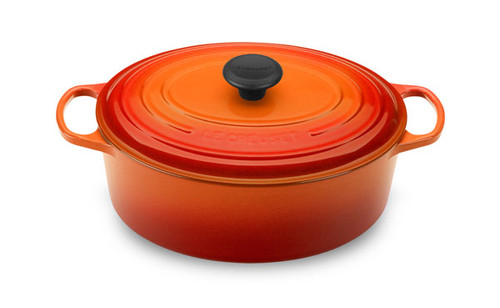 Le Creuset - 4.7 L (5 QT) Flame French Oval Dutch Oven