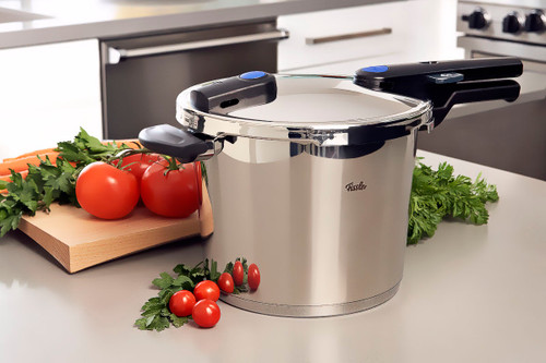 Fissler Vitaquick - 10 L Pressure Cooker W/ Perforated Insert - FIS5860