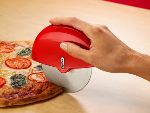 Zyliss - Handheld Pizza Cutter with Stainless Steel Blade - Z30810