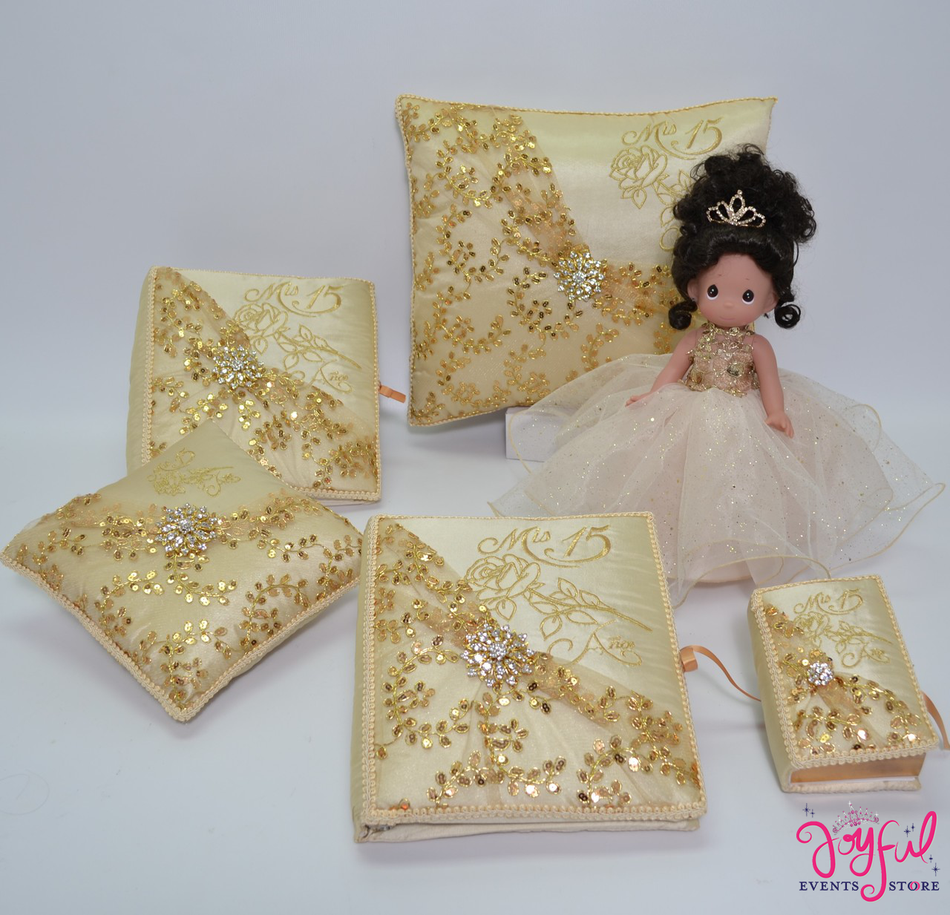 Quinceanera Set with Roses Pillows, Photo Album, Guest Book and Bible #QSET106