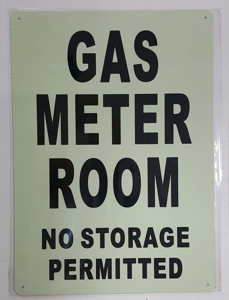 SIGNS GAS METER ROOM NO STORAGE PERMITTED