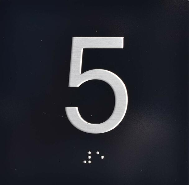 5TH Floor Elevator Jamb Plate Sign