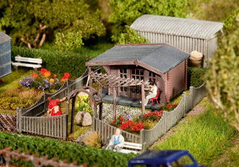 FALLER 180491  Allotments with summer house (HO)