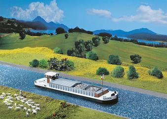 FALLER 131005 Motor cargo barge (HO)